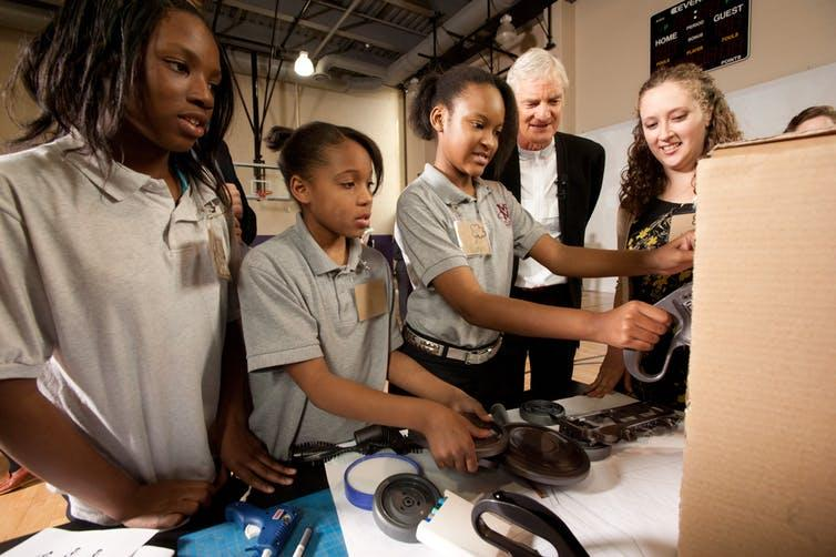 Chicago students participate in an invention workshop