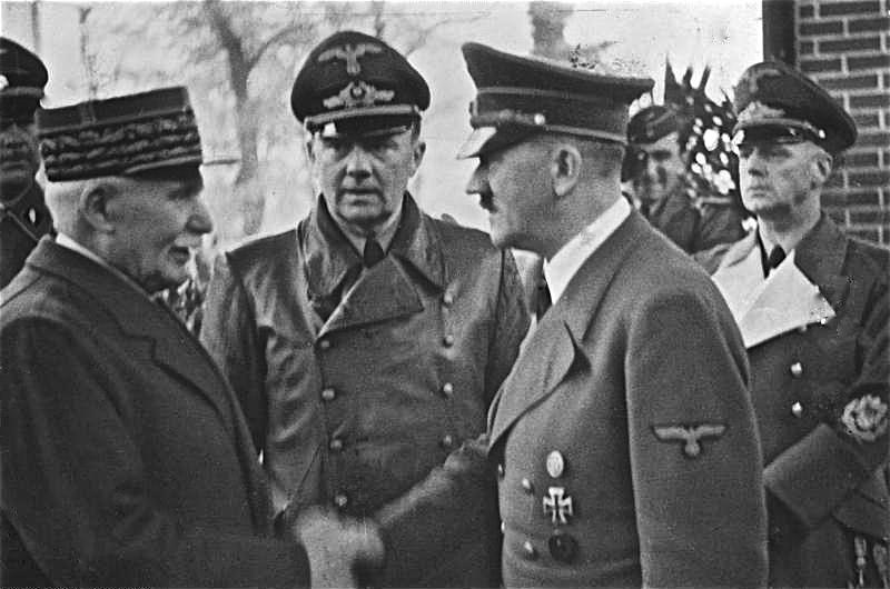 Bundesarchiv_Bild_183-H25217,_Henry_Philippe_Petain_und_Adolf_Hitler.jpg
