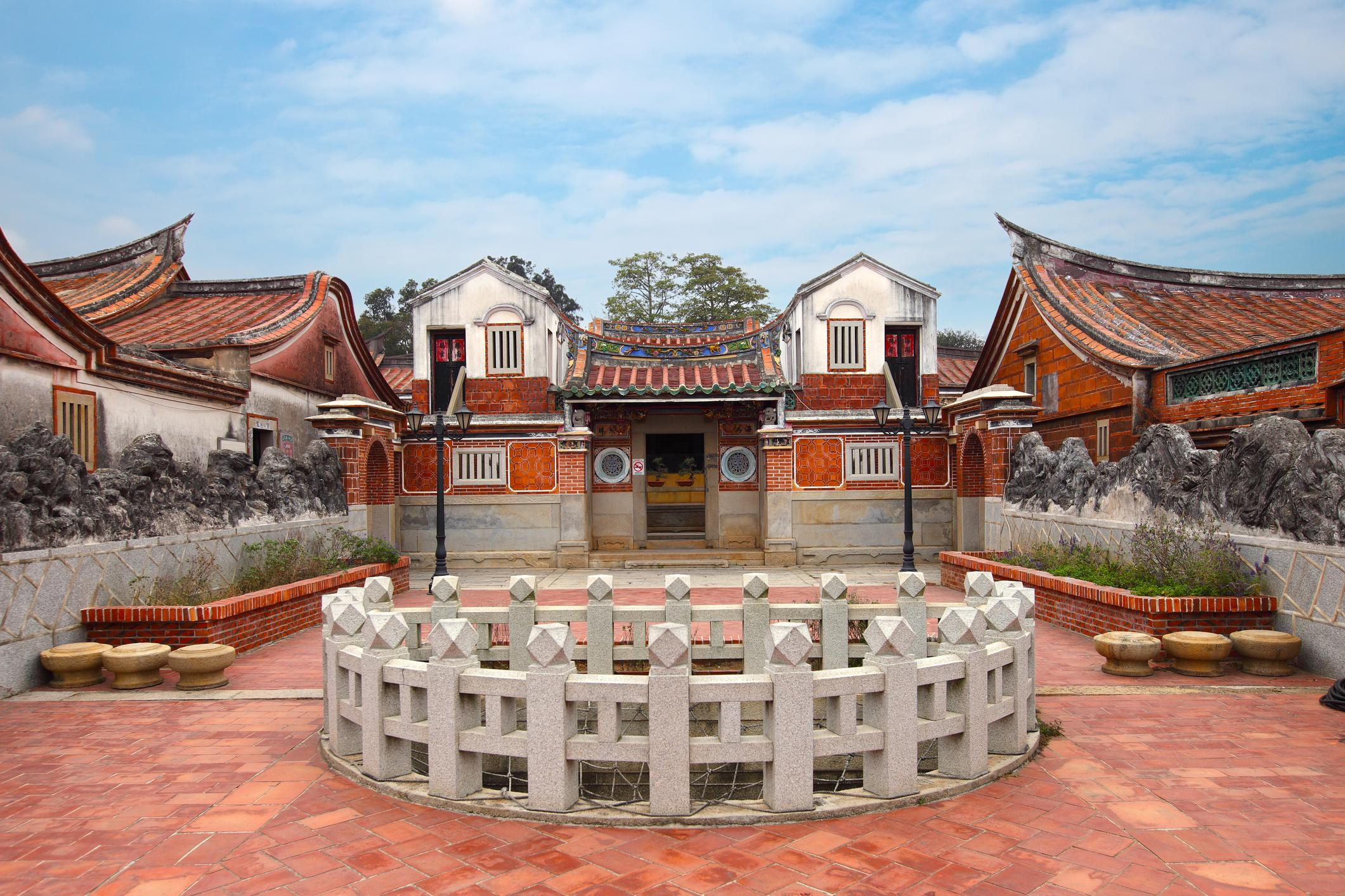 Kinmen traditional architecture-Sean3810-iStock-525326509.jpg