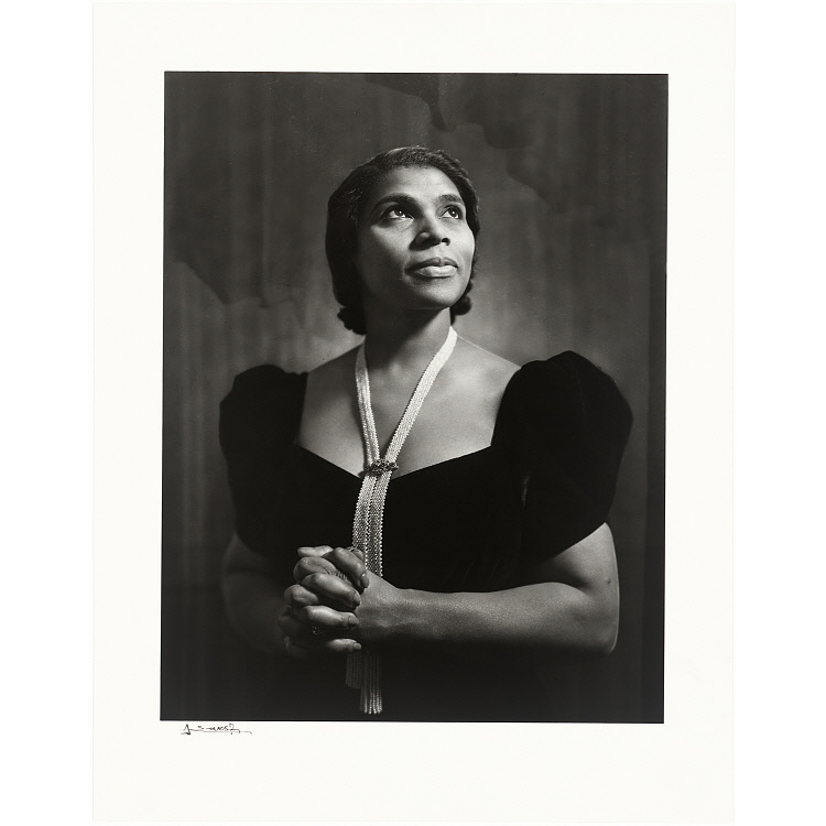 marian anderson essay example Than other pieces that king wrote as a teenager, the essay probably benefited from  of the black opera singer marian anderson as an example, the oration outlines .