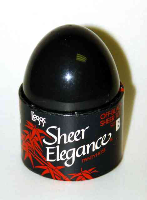 L'eggs pantyhose packaging, 1970s