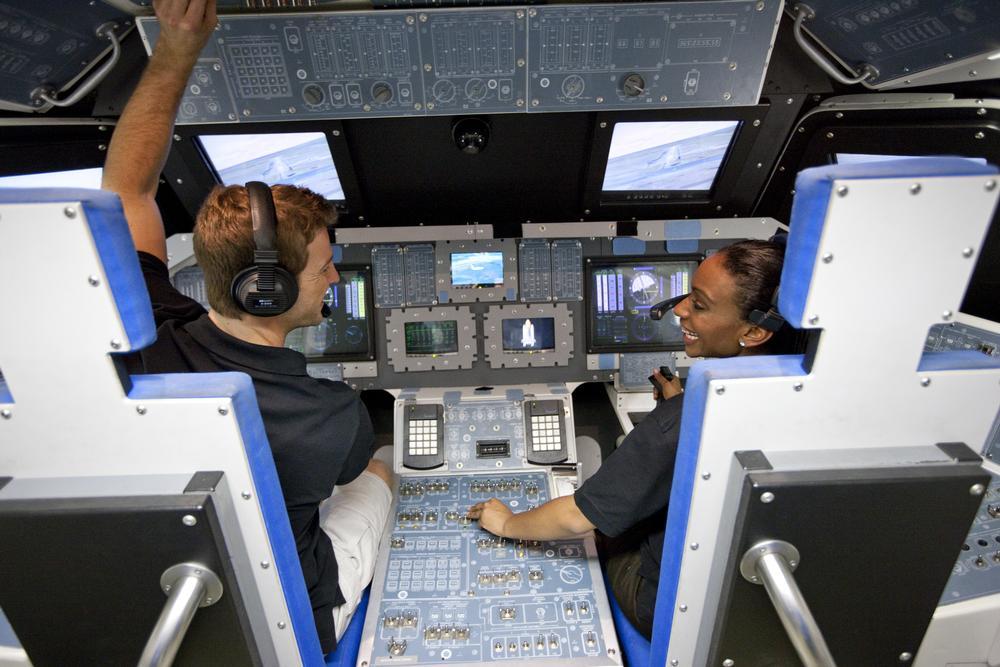 Space_Shuttle_mock_up_20141117184908361_resized_low.jpg