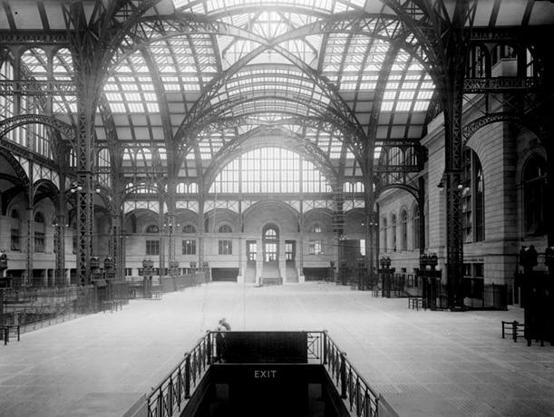 Penn Station main concourse, circa 1910