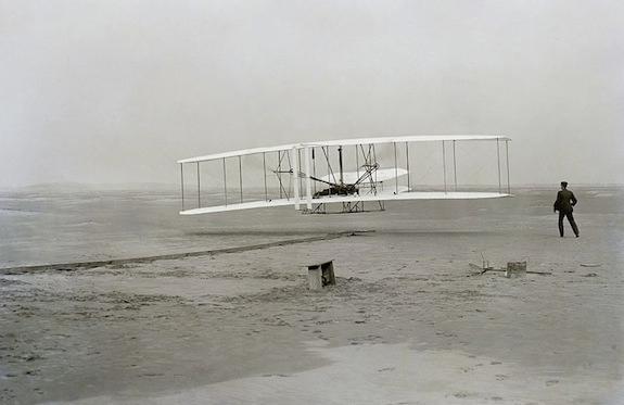 800px-First_flight2.jpg