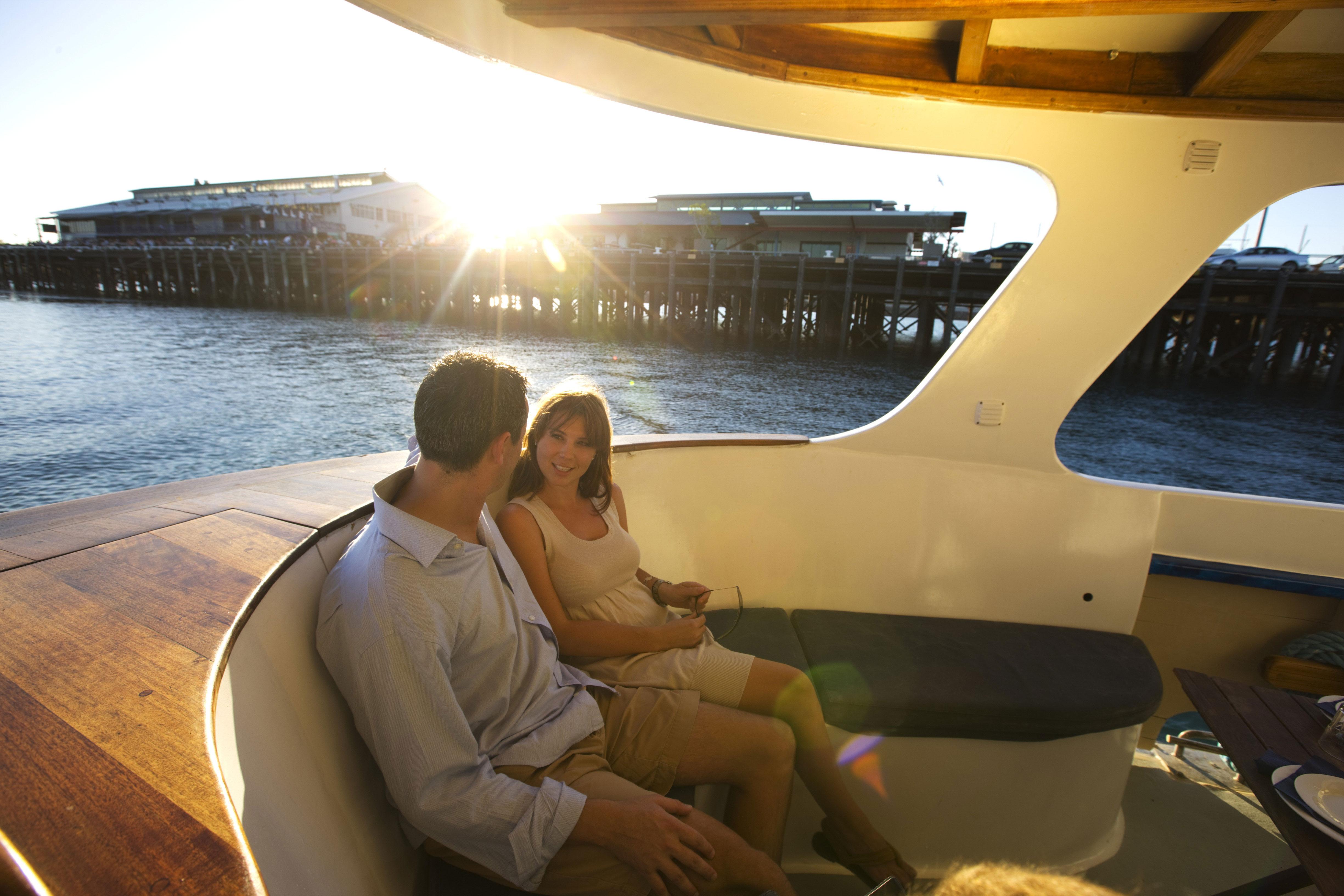 Cruise-the-Darwin-Harbor.jpg