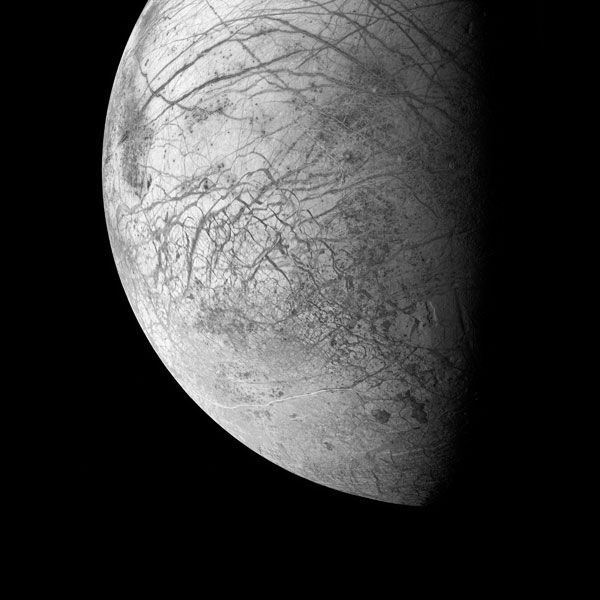 Surface of Jupiter's Moon Europa. Galileo, June 27, 1996.