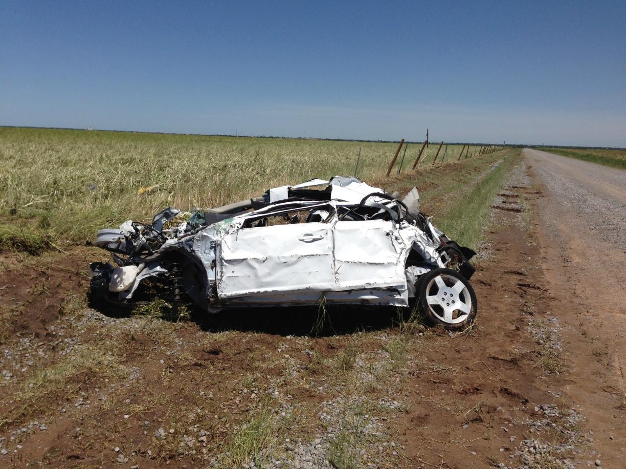 2013_El_Reno_tornado_Samaras_Car.jpg