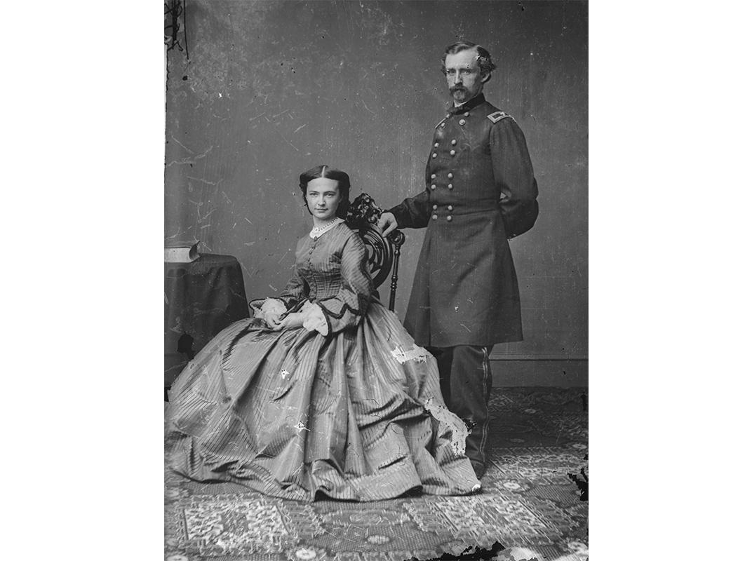 NOV2015_F03_Custer.jpg