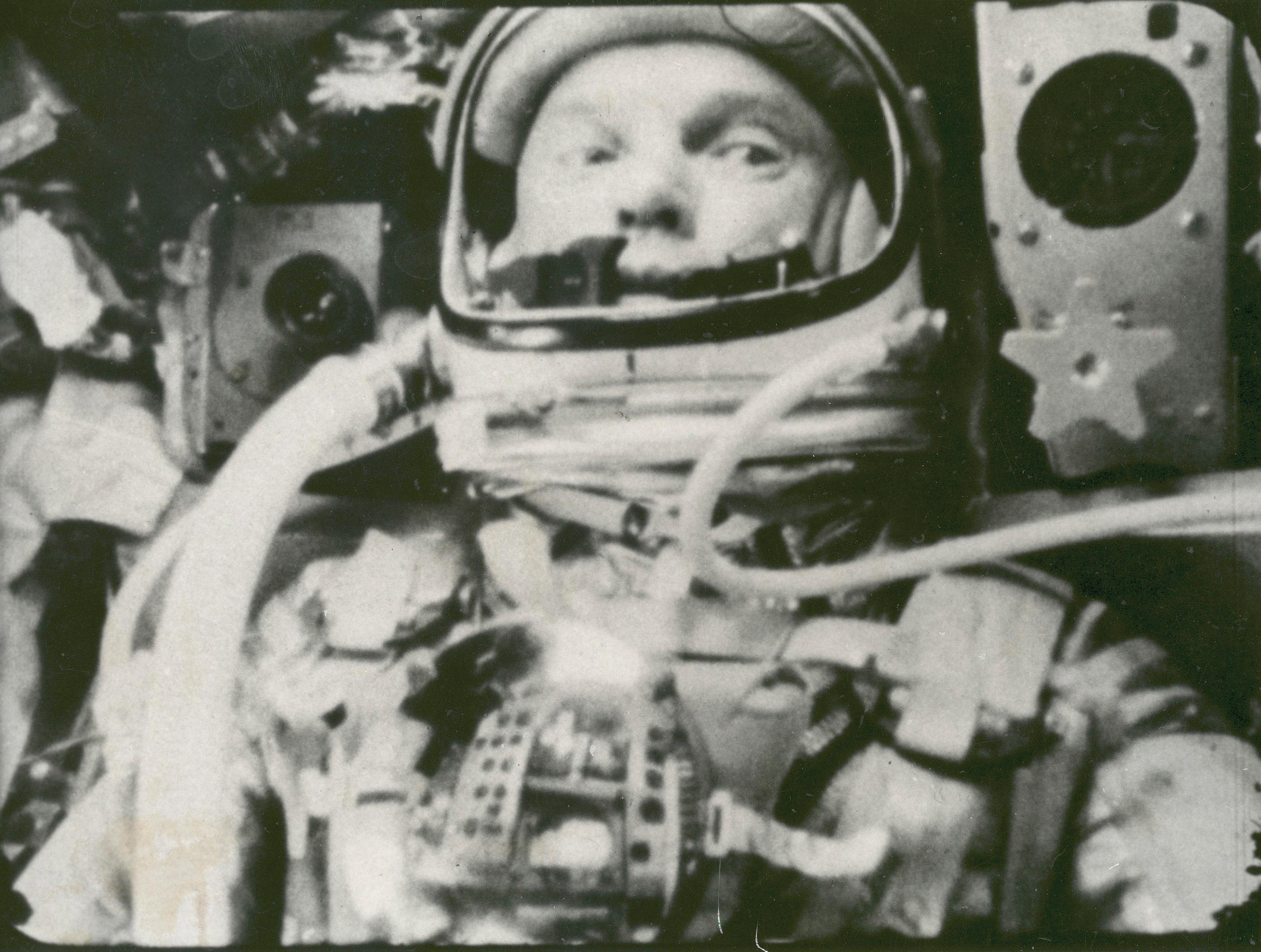 Mercury capsule