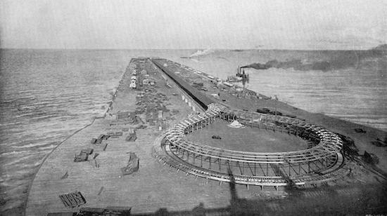 The moving sidewalk on the Pier at the 1893 Columbian Exposition in Chicago