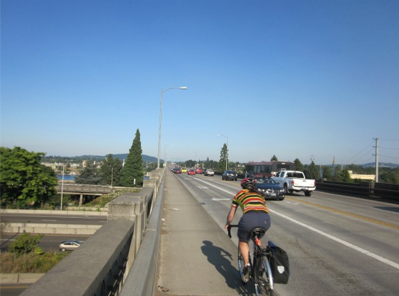 An eastbound commuting cyclist